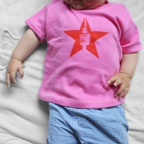 "Baby-Shirt ""Roter Stern"" pink"